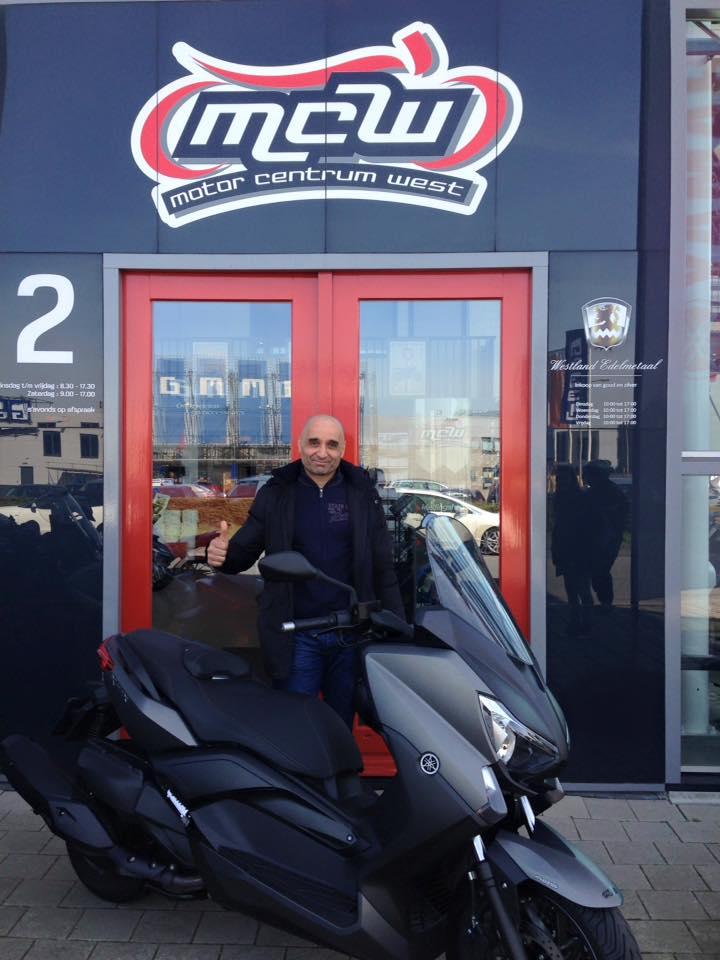 aflevering-yamaha-motorscooter-ab-mcw-naaldwijk
