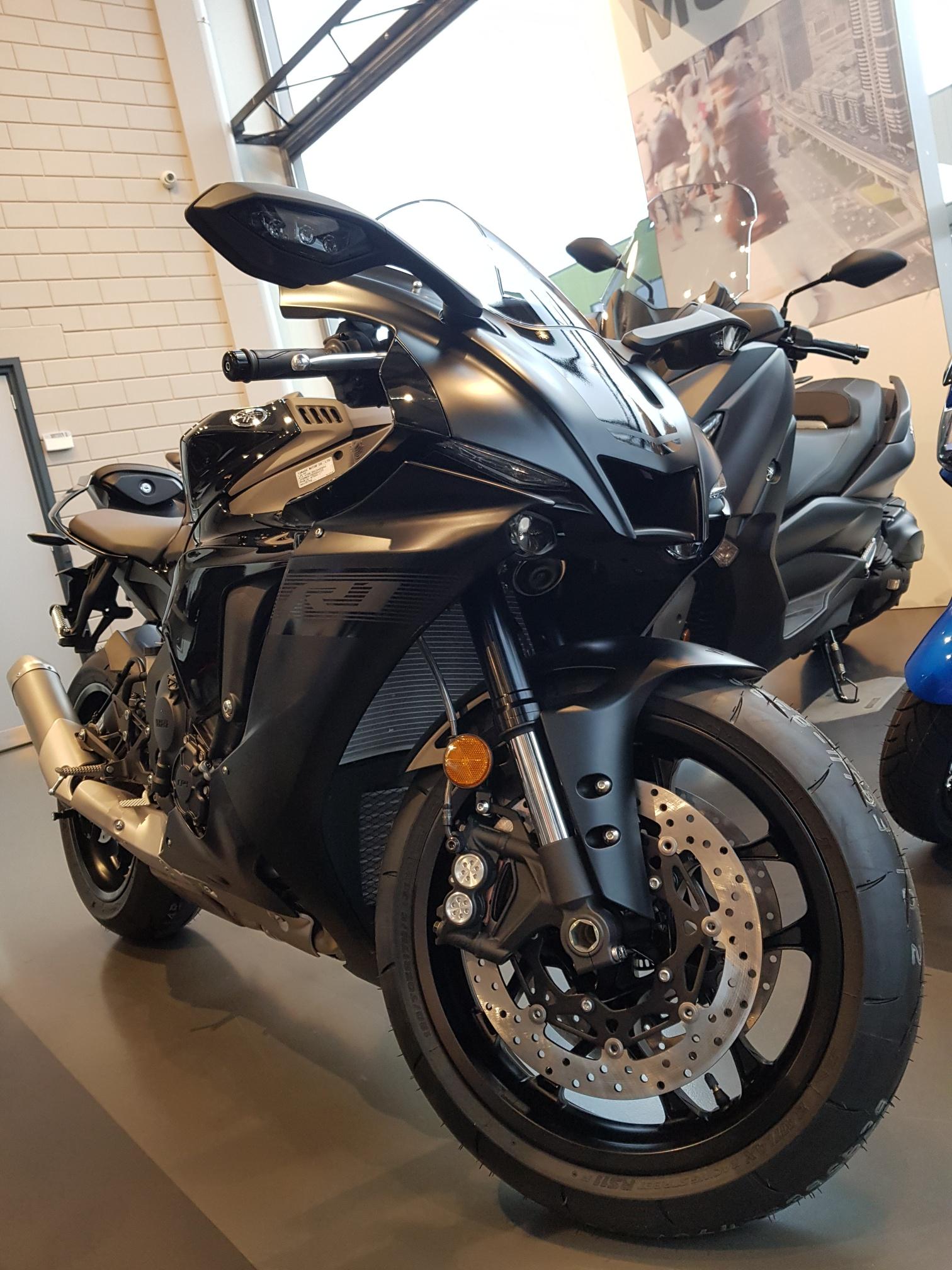 Yamaha YZF-R1 model 2020 | MotorCentrumWest
